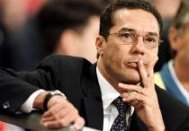 Bicheiros, negociatas, documentos falsos: saiba como V(W)anderlei(y) Luxemburgo está pegando dinheiro do Flamengo