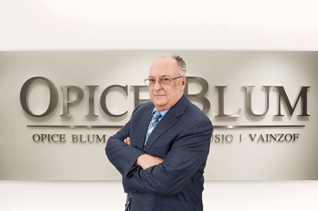Desembargador José Roberto Blum
