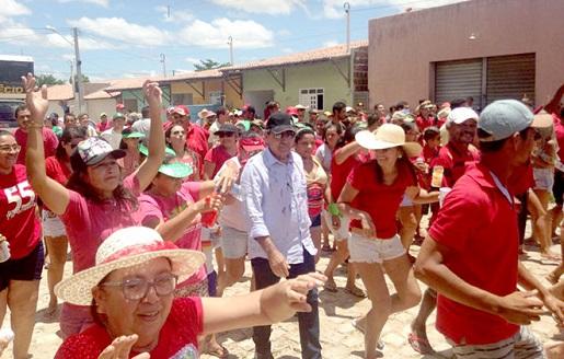Resultado de imagem para José Adécio leva apoio a Flavinho de Chico Sabiá para prefeito de Paraú