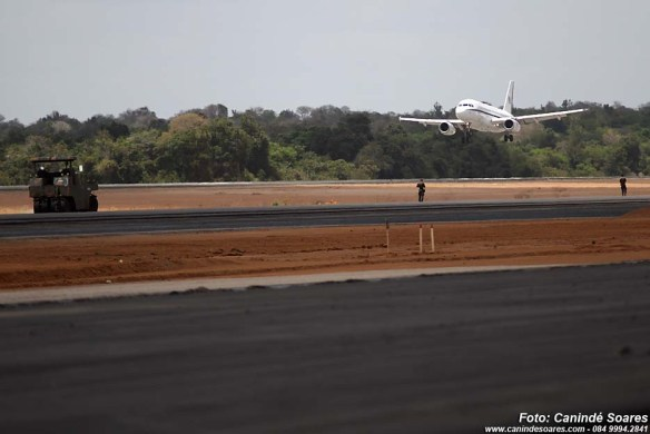 Dilma aterriza em São Gonçalo