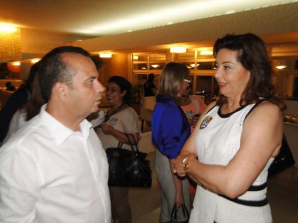 Rogério recebe o apoio de Anita Catalão Maia