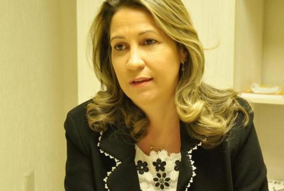 Clorisa demonstra determinação ao manter sua pré-candidatura viva