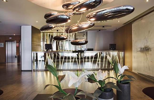 Conheça o AC Hotel Atocha By Marriott, sua opção moderna de hotel em Madrid