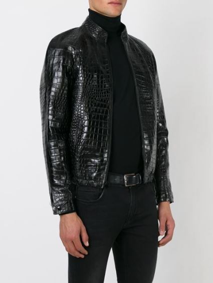 Chez Yves Saint Laurent, de l'imitation encore avec ce blouson homme en cuir effet crocodile, 2 990 €