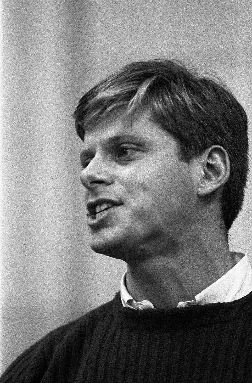 A Wonderful Song By Robert Morse As A Young Performer