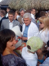 Литвин с телохранителями 2