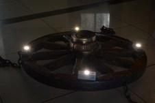 люстра старинное колесо светодиоды