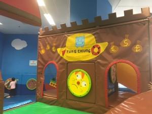 【免費室內遊樂場】東涌兒童遊戲室   假日好去處  周末好去處  兒童遊戲室  室內遊樂場  沙灘  親子民宿