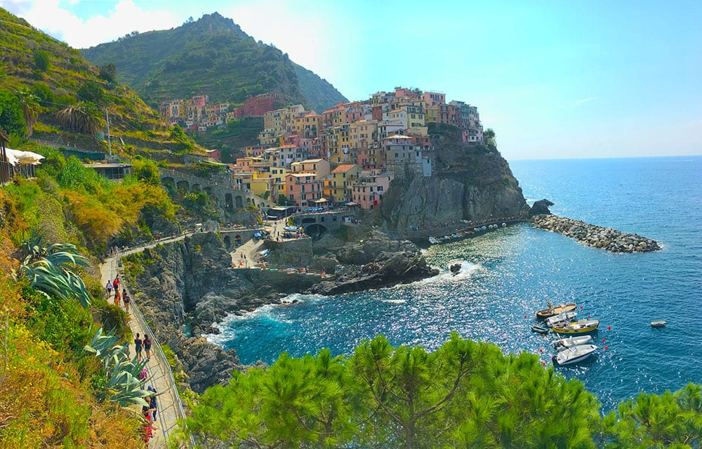 Manarola with filter image