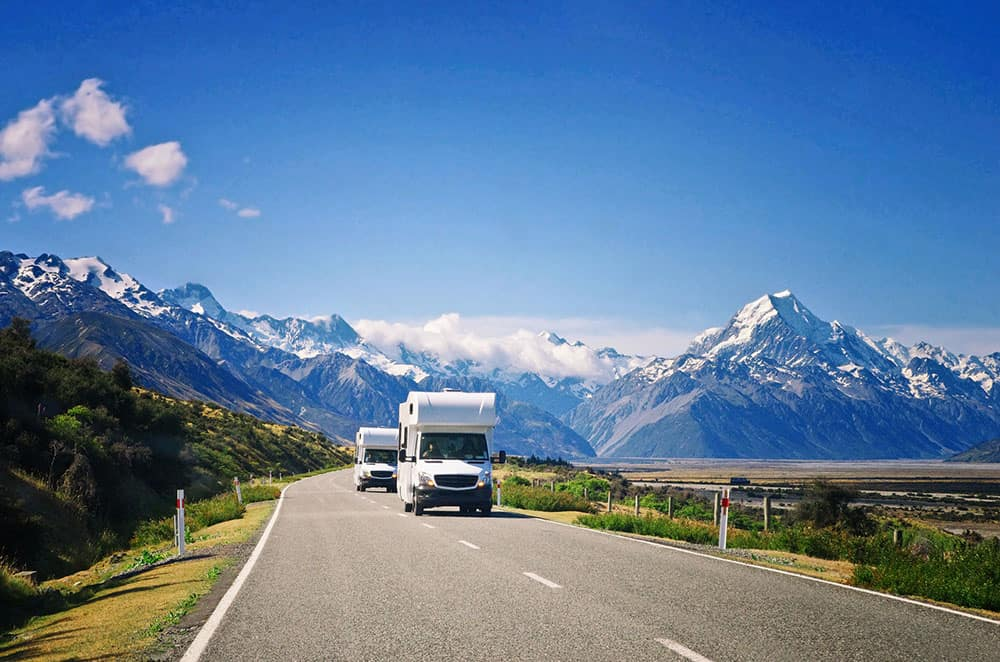 2 campervans on NZ road