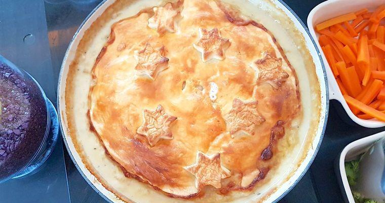 Chicken, pancetta & pea pie
