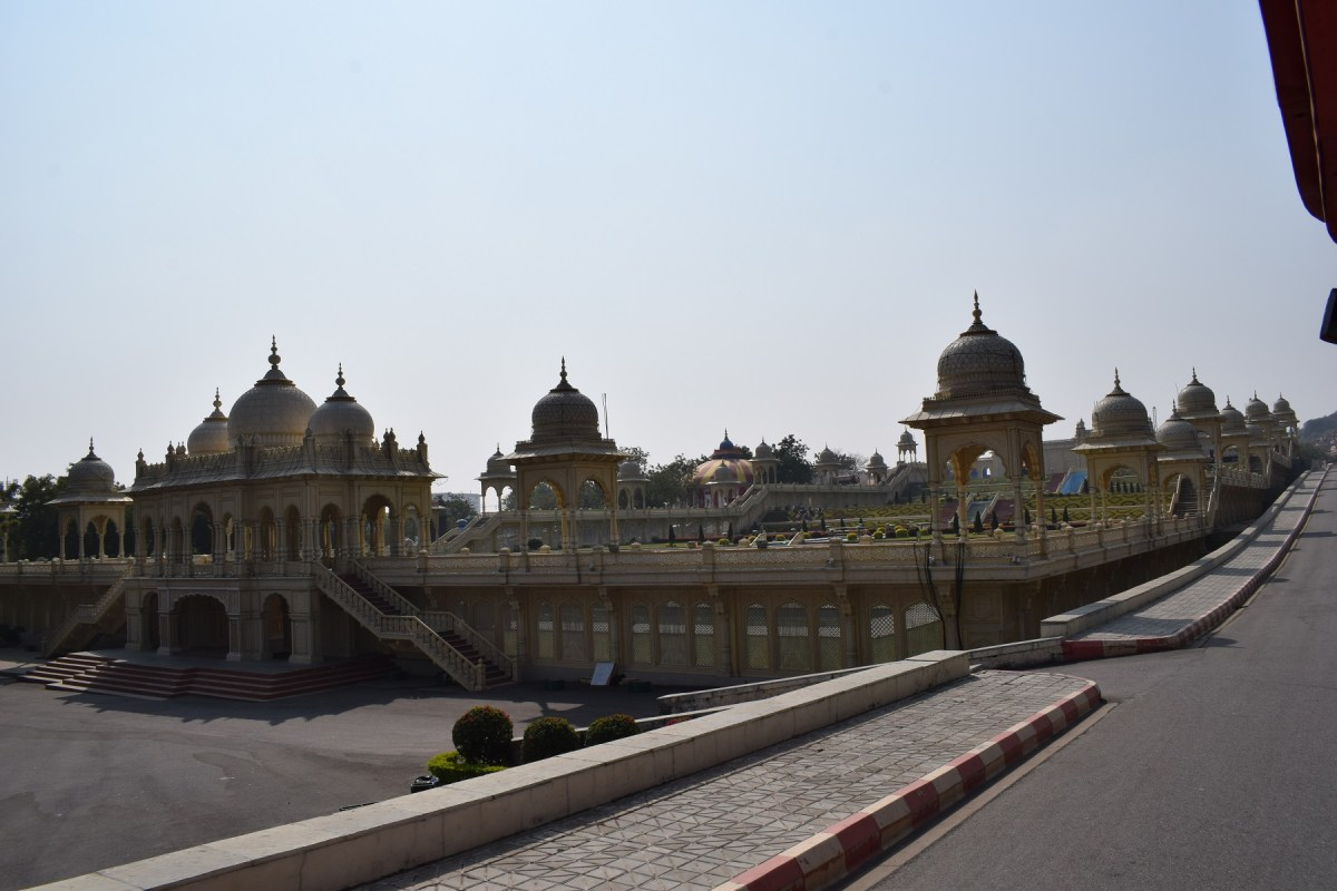 Architectural images of ramoji fil city 8 Ramoji film City Guide,6 Sets photos of Beautiful places.