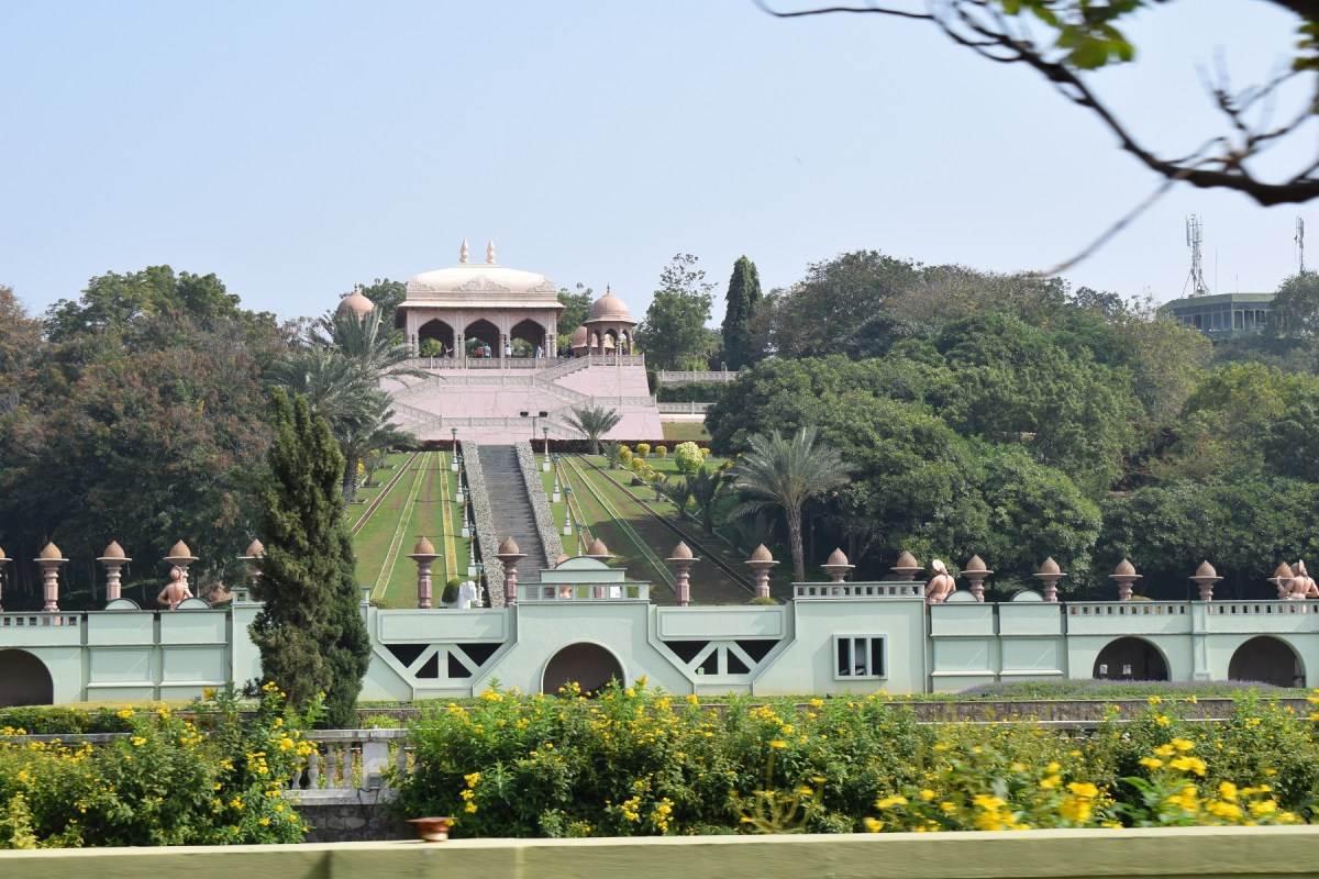 Architectural images of ramoji fil city 9 Ramoji film City Guide,6 Sets photos of Beautiful places.