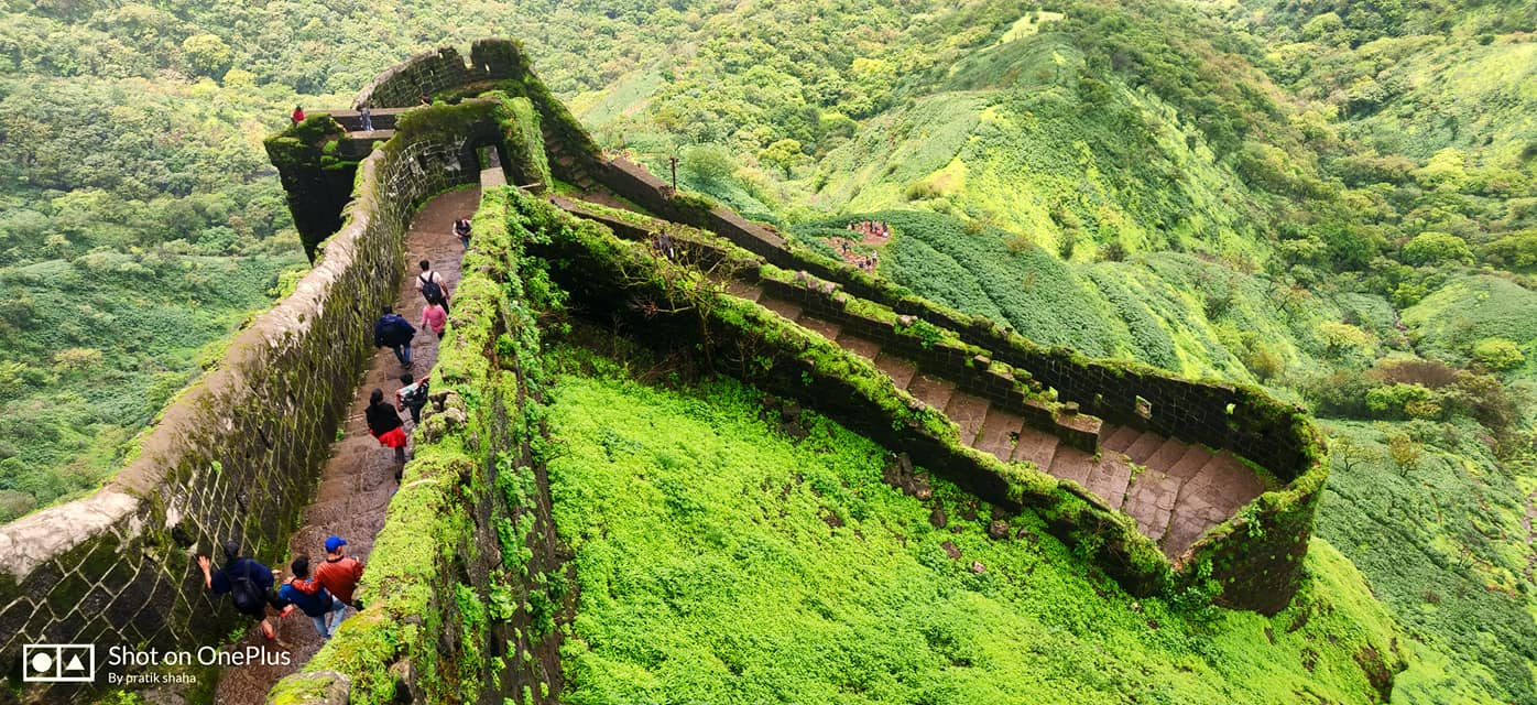 Rajgad fort trekking way photography