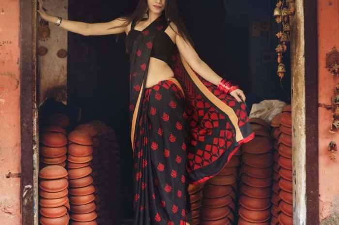 how to make plain saree beautiful? & Saree Marathi Tips