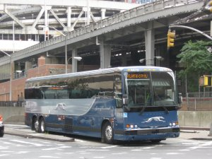 Greyhound_Prevost_X3-45_(2009_scheme)