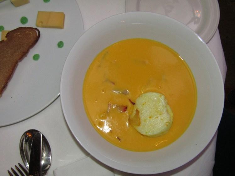 """<img src=""""sketchpumpkinvelouté.jpg"""" alt=""""sketch pumpkin velouté"""">"""
