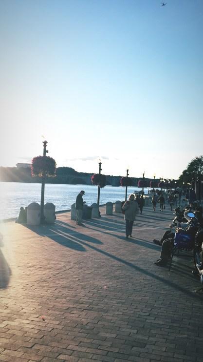 "<img src=""GeorgetownWaterfrontPark.jpg"" alt=""Washington DC Georgetown Waterfront Park""/>"