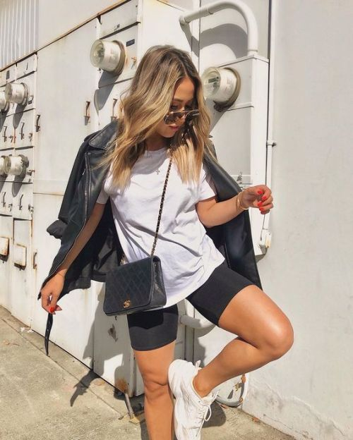 10 Ways To Style A Plain White Tee