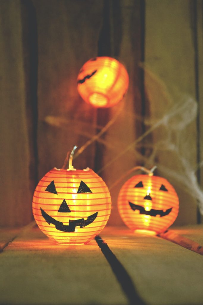 How To Host A Halloween Party Like A Celebrity