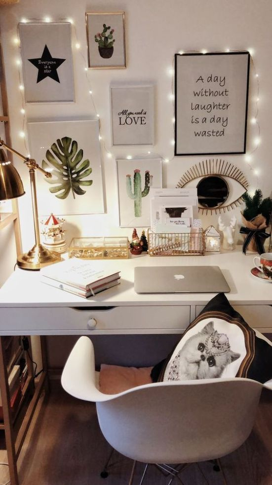 *The Cutest Desk Accessories You'll Want In Your Dorm Room