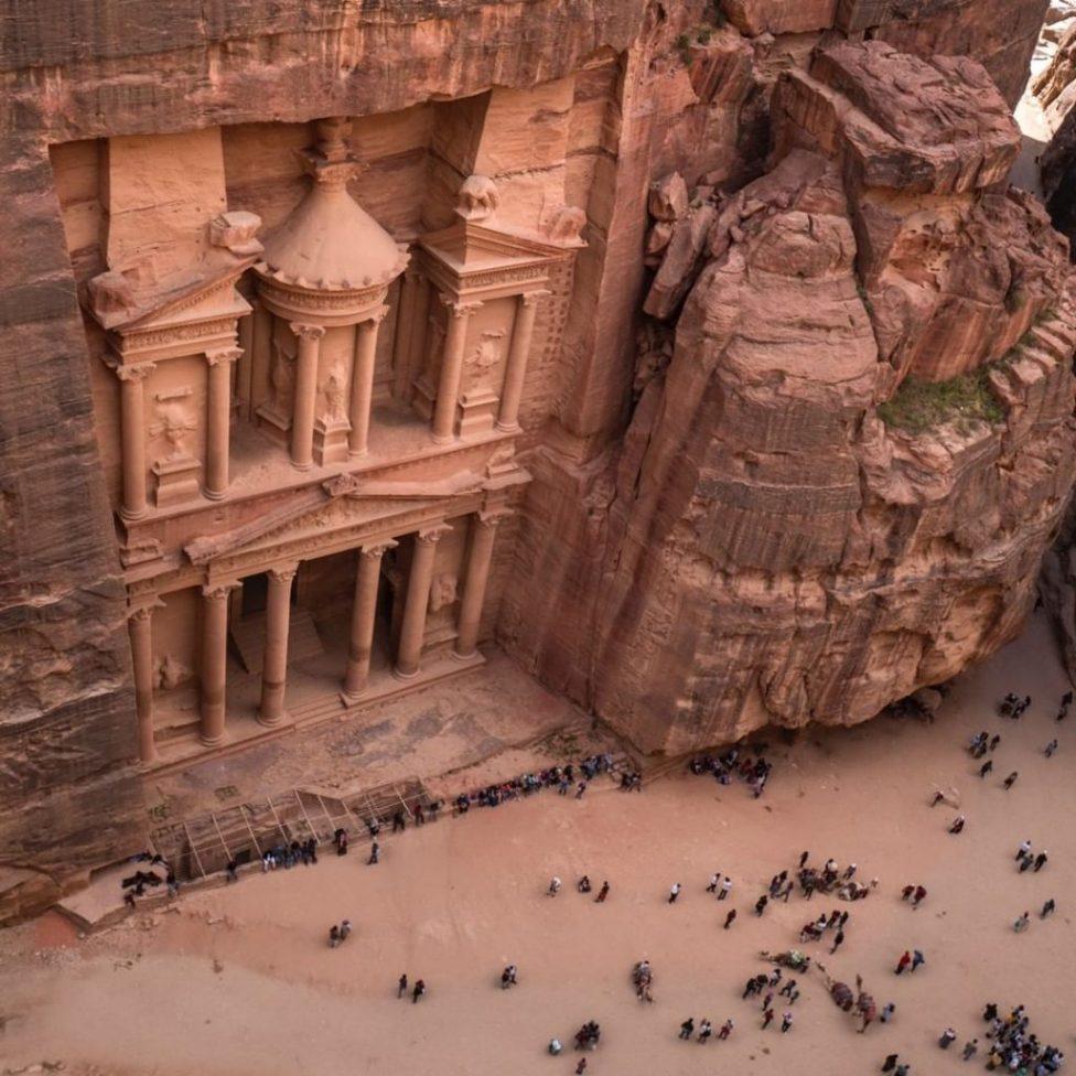 10 Travel Instagram Accounts For Adventurous Souls