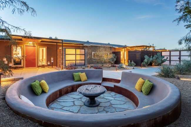 10 Airbnb's To Rent In Palm Springs If You're Heading To Coachella This Spring