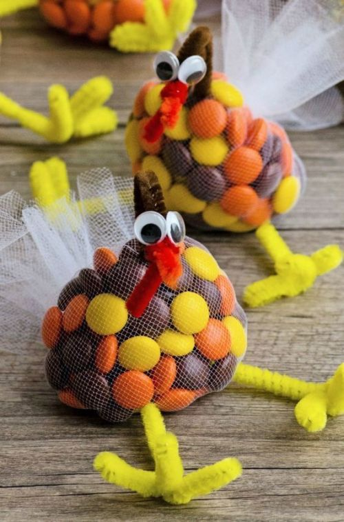 15 Thanksgiving Craft Ideas You Can Decorate Your Home With