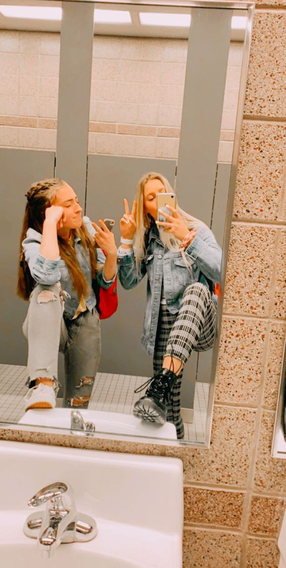 15 Reasons Why Girls Go In The Bathroom Together