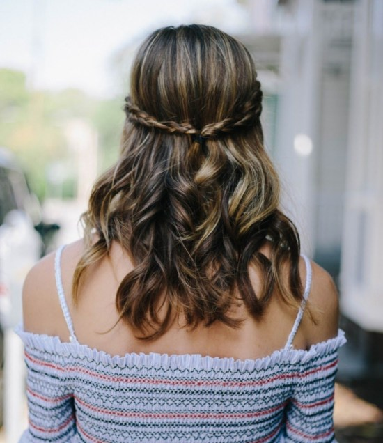 8 summer hair trends for curly hair