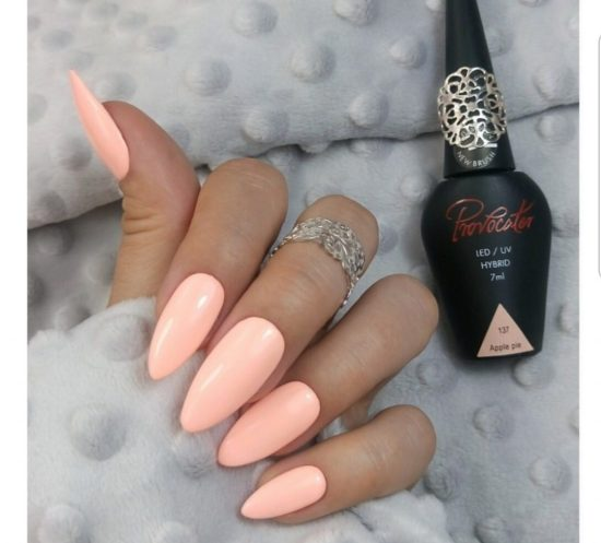 10 Tropical Nail Colors Perfect For Beach Season