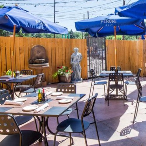 10 Local Resturants In Colorado Springs You Need To Try