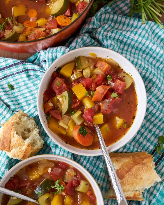 10 Yummy Soups For Fall Everyone Will Love