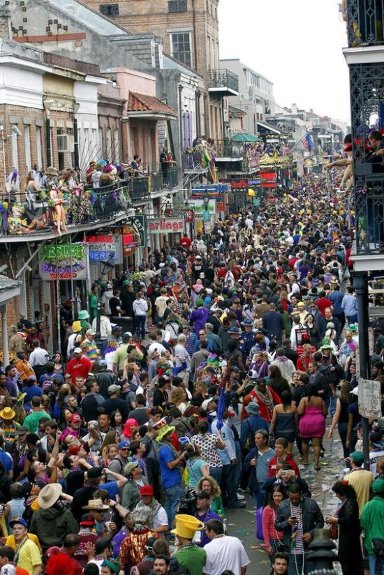 The Top 5 Mardi Gras Destinations To Visit This Year