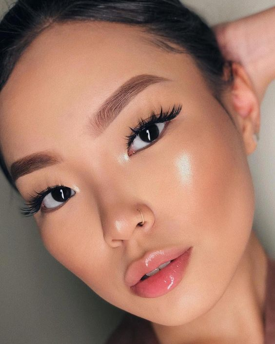 Make-up-Produkte, die Sie strahlend aussehen lassen AF