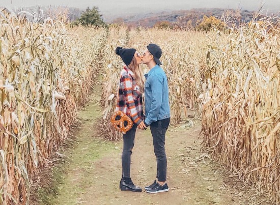 10 Best Fall Date Ideas To Try With Your Loved One