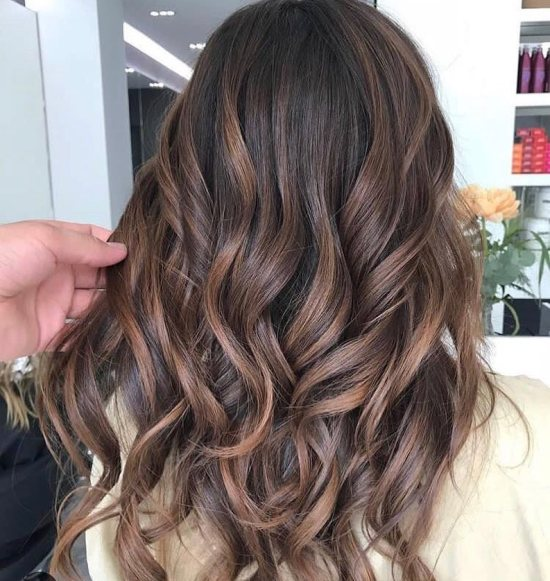 Super Easy Ways To Revive Sun-Damaged Hair