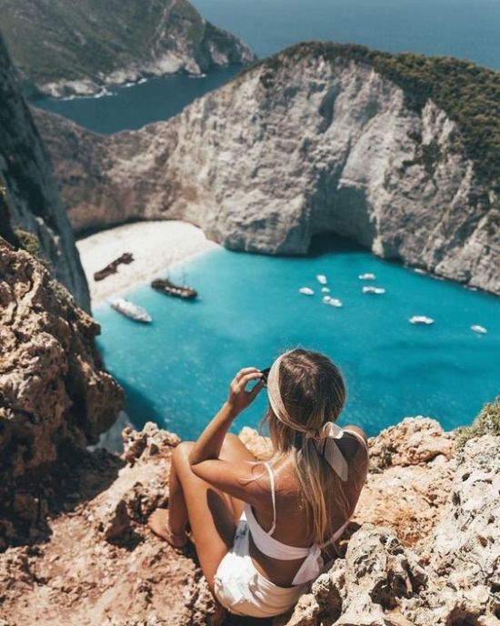 8 Tips To Save Money While Travelling