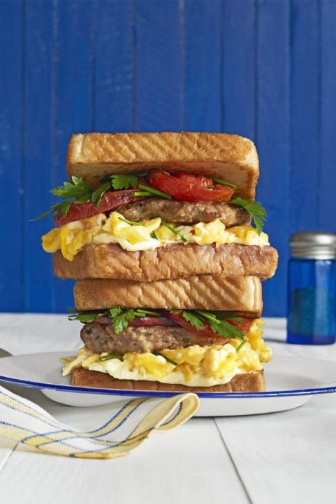 Quick And Easy Recipes To Serve Dad Breakfast In Bed