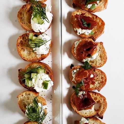10 Wedding Finger Foods That Will Be Loved By All The Guests