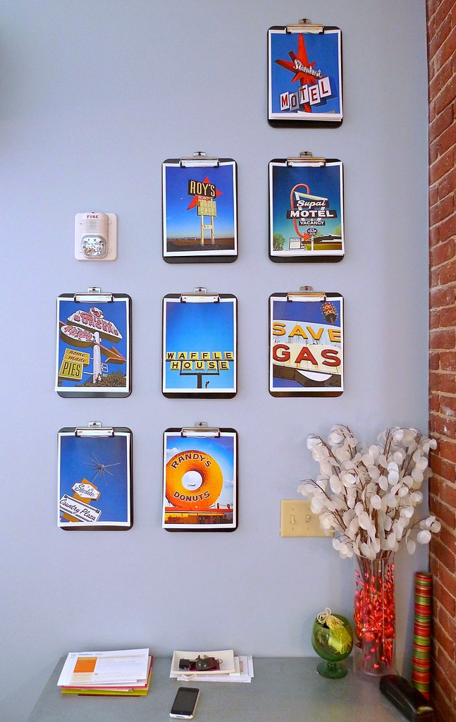 30 Creative Wall Art Gallery Dorm Room Ideas