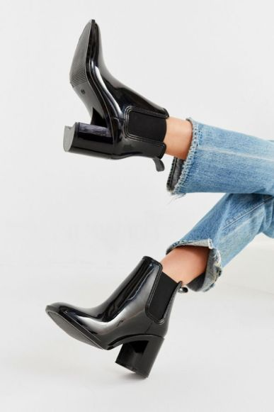 10 Cute Rain Boots To Get For This Spring