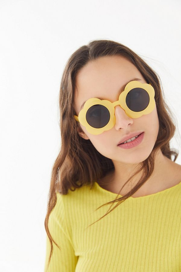 15 Stylish Accessories To Add To Your Spring Collection