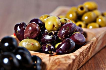 How I Met Your Mother's Olive Rule And Why It Makes Sense