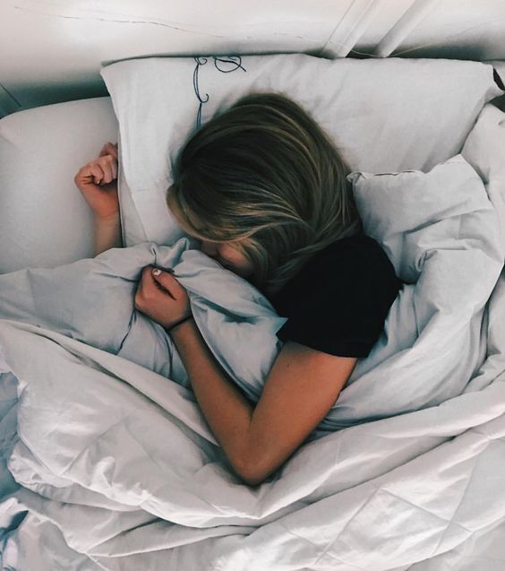 Tips To Wake Up Early Without Feeling Dead