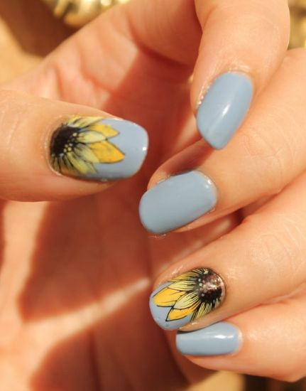 The Best Summer Nail Colors That Will Turn Up The Heat