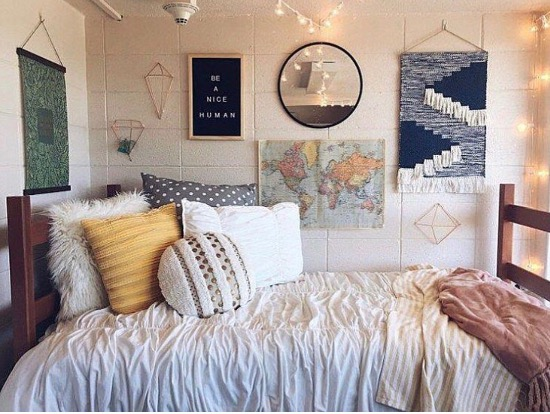 8 Best Color Schemes For Dorm Rooms