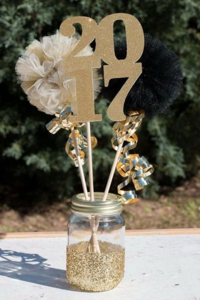10 Graduation Party Decoration Ideas That Will Make Your