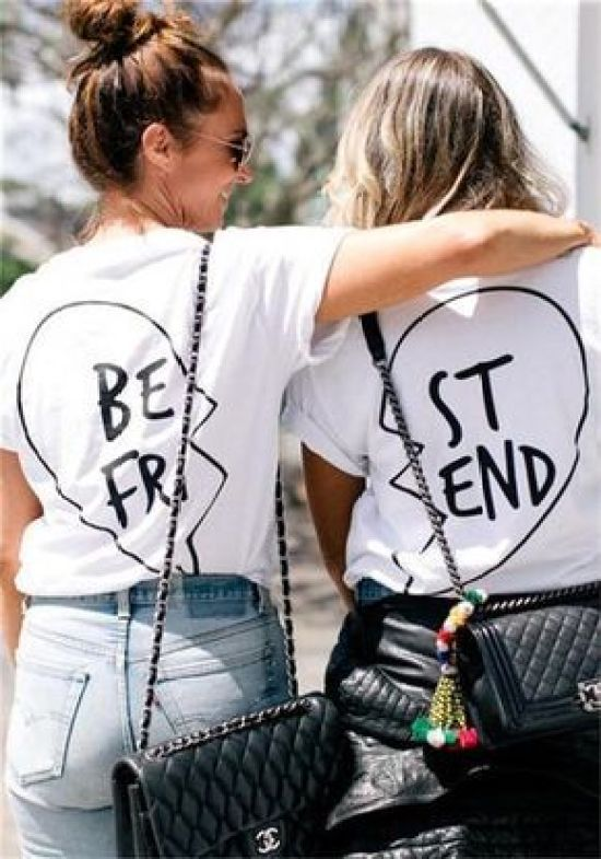 5 Thoughtful Ways To Show Your Best Friend You Care