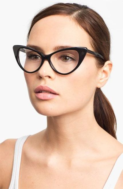8 Unique Eye Glasses To Add Some Flair To Your Lenses